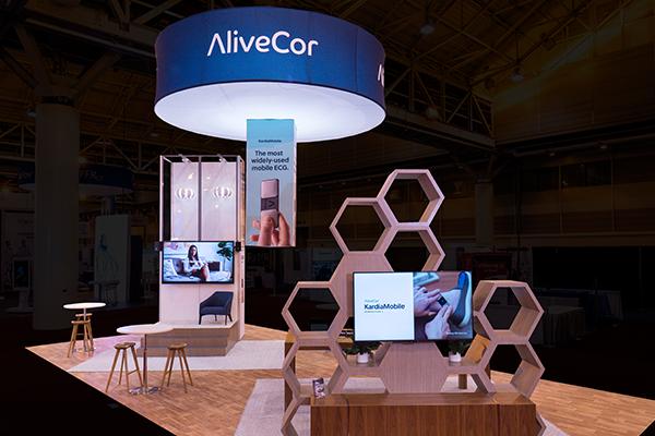 Alivecor Exhibit at ACC